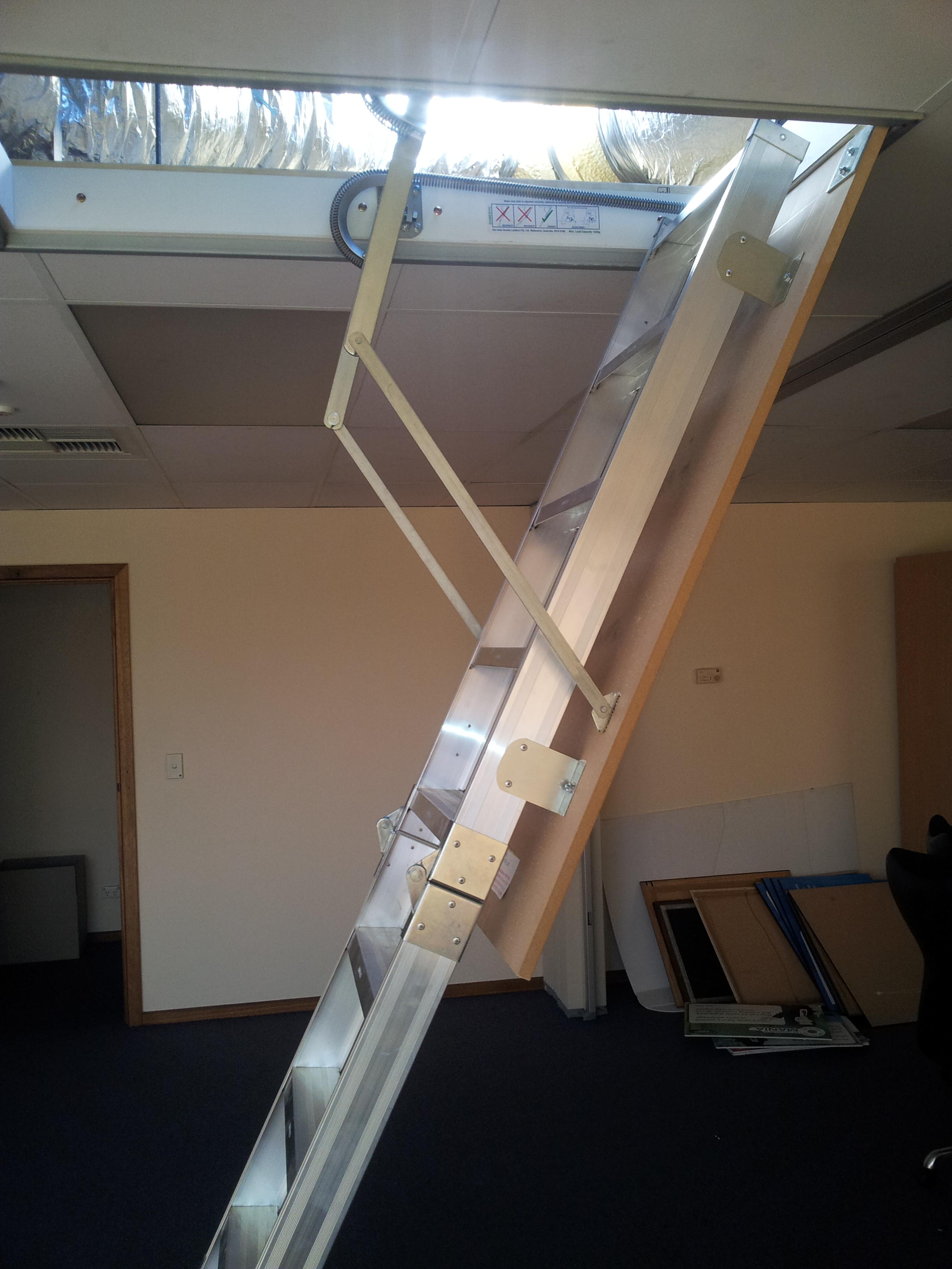 Compact Amp Concealed Spring Loaded Amboss Attic Access Ladder